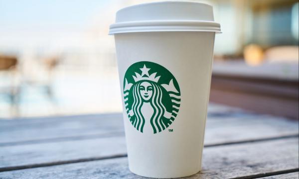 هل ستحمل قهوة ستاربكس تحذيرا من السرطان؟